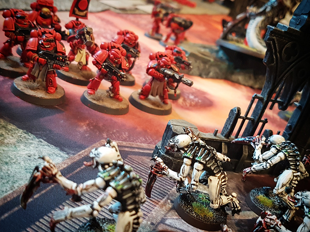 Deathhammer40k Warhammer 40,000 Games Workshop City Ruin Batlle Mat Review Tyranids vs Blood Angels 10
