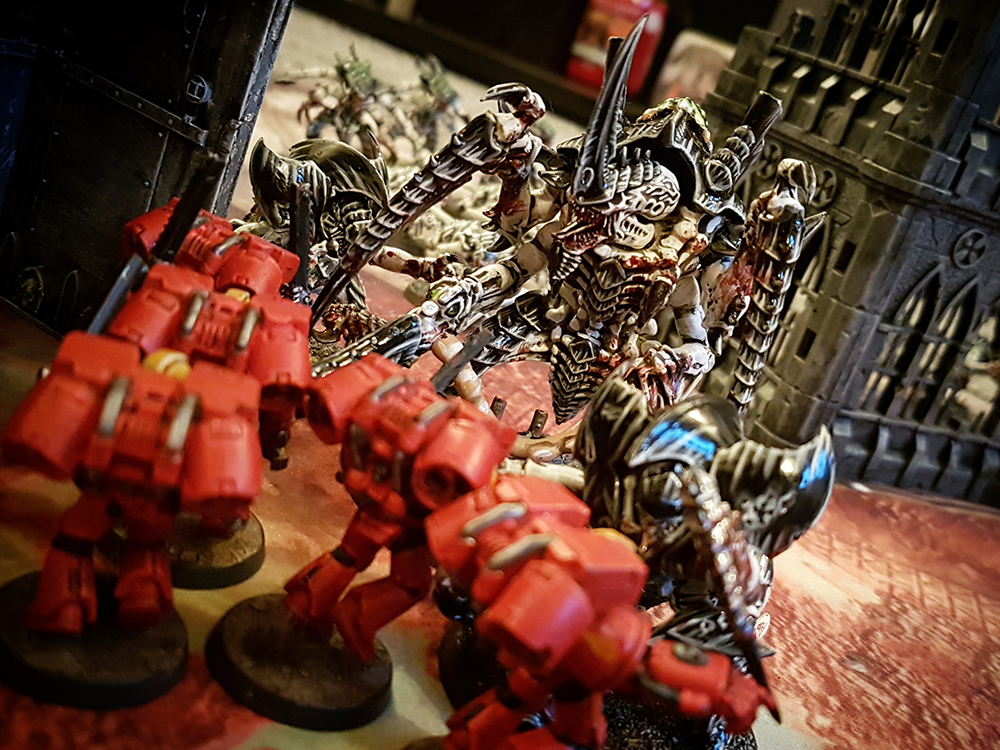 Deathhammer40k Warhammer 40,000 Games Workshop City Ruin Batlle Mat Review Tyranids vs Blood Angels 14