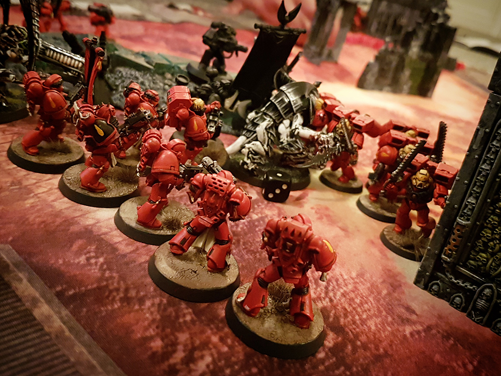 Deathhammer40k Warhammer 40,000 Games Workshop City Ruin Batlle Mat Review Tyranids vs Blood Angels 15