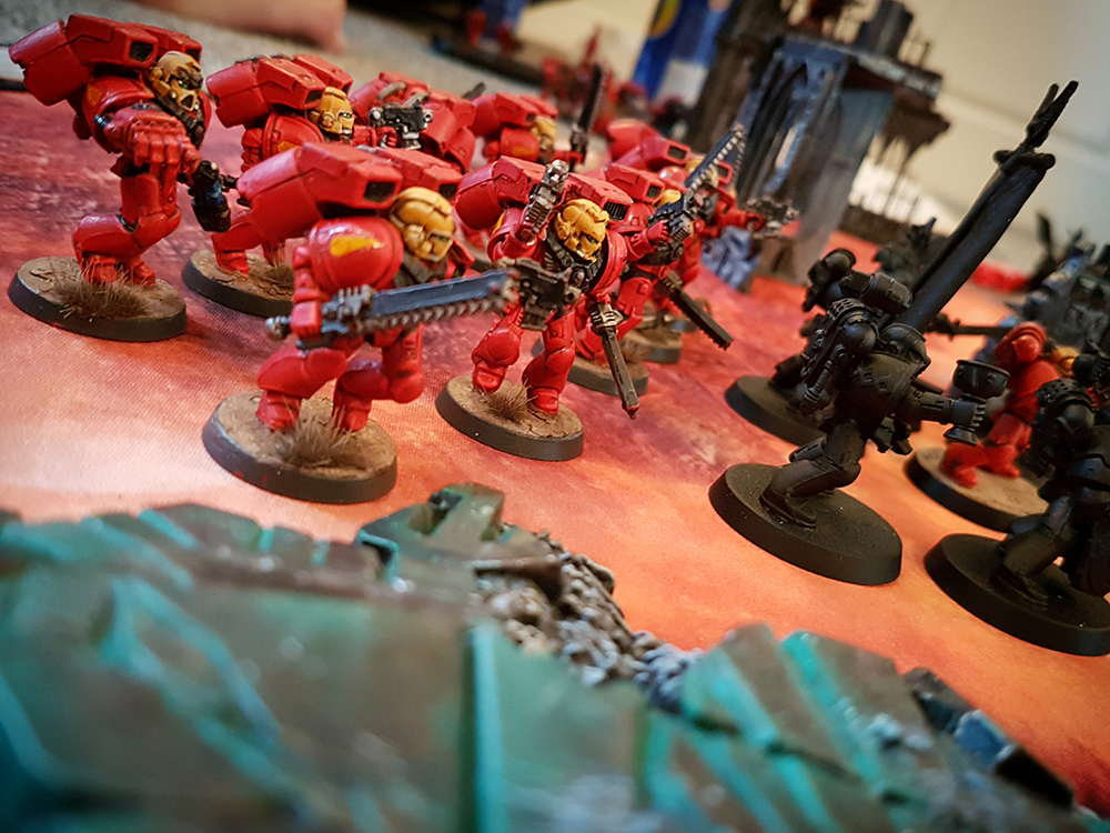 Deathhammer40k Warhammer 40,000 Games Workshop City Ruin Batlle Mat Review Tyranids vs Blood Angels 5