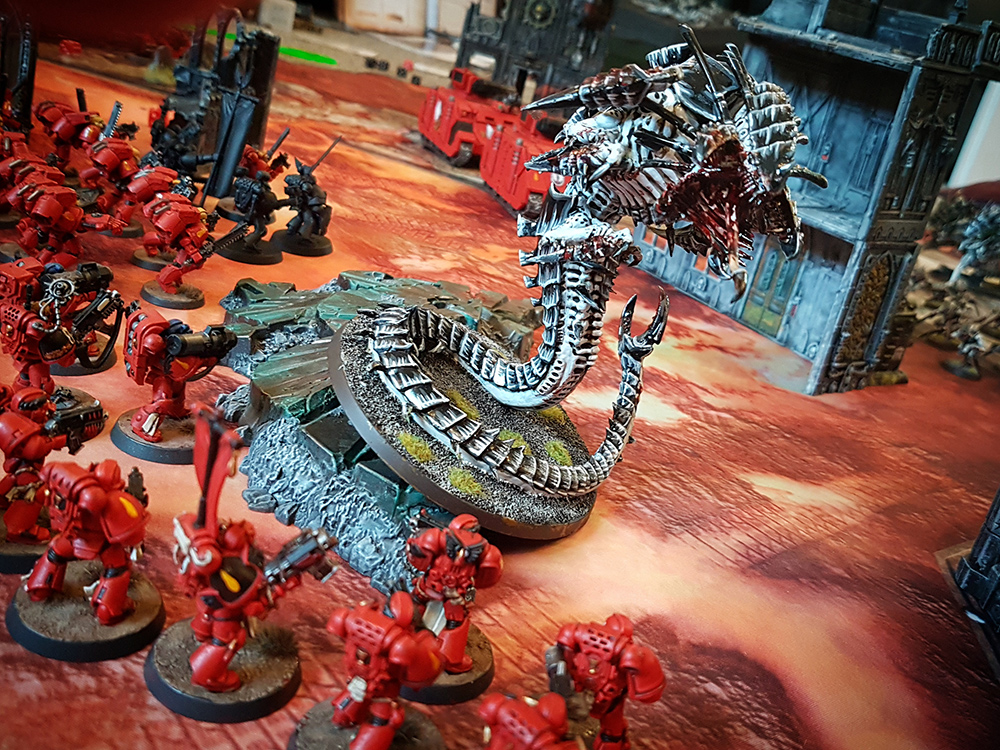Deathhammer40k Warhammer 40,000 Games Workshop City Ruin Batlle Mat Review Tyranids vs Blood Angels 7